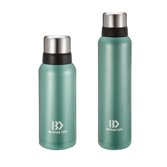 Stailess Steel vacuum Insulated bottle with 2 caps